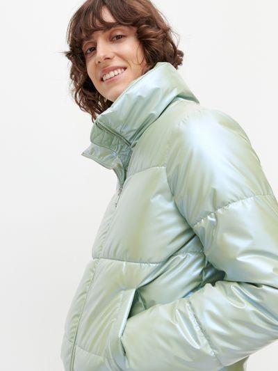 Kurtka puffer z holograficznym wykończeniem - Zielony