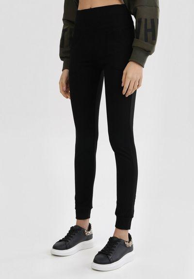Czarne Spodnie Jennivien