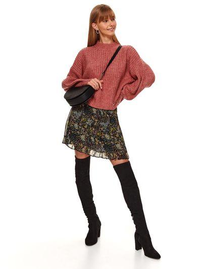 Luźny sweter z okrągłym dekoltem